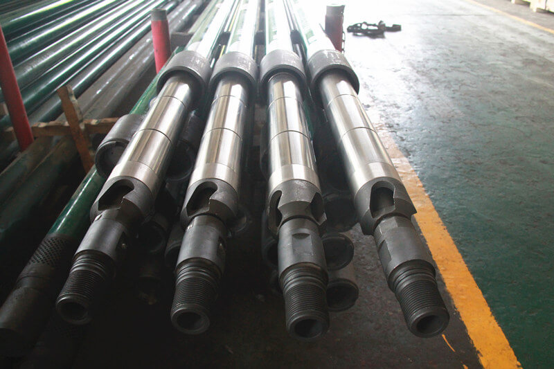 Annulus thermal recovery downhole pump oil well